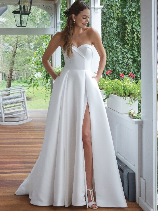 Wedding Dress Trends 2020 Bridal Journal Bridal Trends Bridal Manor,Simple Inexpensive Wedding Dresses