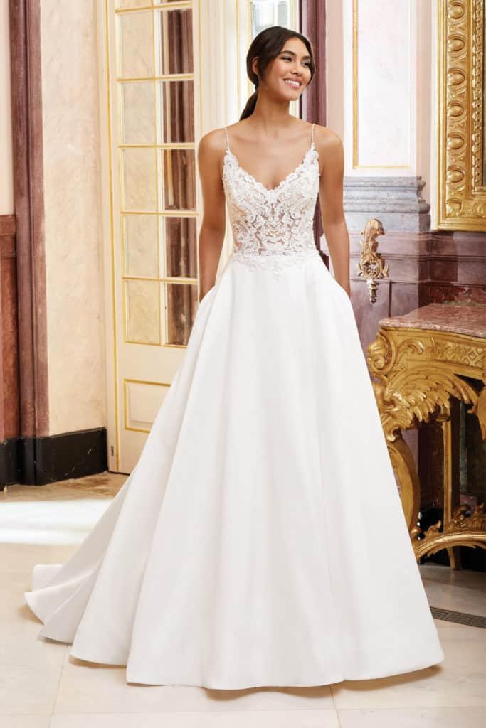44232 by Sincerity Bridal